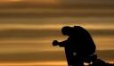 Σοκάρει ο πασίγνωστος Έλληνας: «Έφτασα στην τρέλα… Σκέφτηκα να πέσω από το μπαλκόνι» (φωτό)