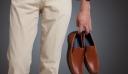Γιατί πρέπει να βγάζεις πάντα τα παπούτσια πριν μπεις στο σπίτι
