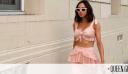 Viral μόδα: Πώς θα φορέσεις τα βραδινά tops για τέλειο καθημερινό styling