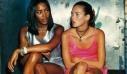 H Κate Moss και η Naomi Campbell είναι ο λόγος που φοράς slip dresses κι αυτά είναι τα 5 καλύτερα της αγοράς