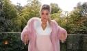 Η Khloé Kardashian σου δείχνει πώς να πετύχεις το monochrome trend ακόμα και στην εγκυμοσύνη