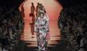 Ο οίκος Fendi επαναφέρει την αίγλη της μόδας του '70 στην πασαρέλα