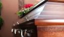 Παρακάλεσε τον κόσμο να μην πάει στην κηδεία του πατέρα του για να προστατευτεί από τον κορονοϊό