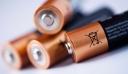 Πώς να ελέγξετε εάν μία μπαταρία είναι γεμάτη [βίντεο]