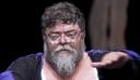 O Σταμάτης Κραουνάκης ξύρισε το μούσι του μετά από 40 χρόνια (φωτό)