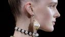 7 statement σκουλαρίκια που θα αναβαθμίσουν τις εμφανίσεις σου στο λεπτό