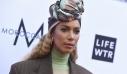 Το υπέροχο στιλ της Leona Lewis περιλαμβάνει κοστούμι και τουρμπάνι