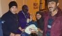 Χίος: Ήρωας Ειδικός φρουρός ξεγέννησε προσφυγοπούλα από τη Συρία (εικόνες)
