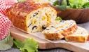 Αλμυρό κέικ με λαχανικά και φέτα