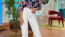 Η Ιωάννα Μαλέσκου φόρεσε το ωραιότερο 70s πουκάμισο για all day εμφανίσεις (photos)
