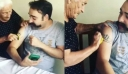 Μητέρα προσπαθεί να καθαρίσει με σφουγγάρι το τατουάζ του γιου της