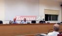 Μπουνιές και «γαλλικά» σε δημοτικό συμβούλιο της Αχαΐας – Η αίθουσα παραλίγο να μετατραπεί σε ρινγκ