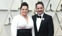Melissa McCarthy-Ben Falcone: Το ανατρεπτικό matching look του ζευγαριού στο Vanity Fair party που έκλεψε τις εντυπώσεις