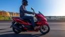 Με ανανεωμένο PCX125 υποδέχεται την νέα χρονιά η HONDA MOTO