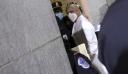 Το άσπρο σύνολο της Lady Gaga στο Καπιτώλιο συμβολίζει μια νέα αρχή