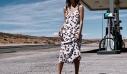 8 καλοκαιρινά φορέματα που έχουν θέση στην ντουλάπα σου