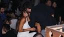 Ειρήνη Κολιδά: Αγκαλιά με πασίγνωστο Έλληνα ηθοποιό σε βραδινή έξοδο