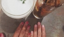 Αν δείτε μια γυναίκα να φοράει ένα τέτοιο δαχτυλίδι στο μικρό της δάχτυλο τότε αυτό σημαίνει