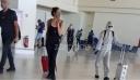 Κoρoνoϊoς: «Ετοιμοπόλεμος» τουρίστας έφτασε στα Χανιά με μάσκα και ολόσωμη φόρμα