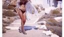 """Ελληνίδα παρουσιάστρια με """"καυτό"""" μπικίνι προκαλεί... εγκεφαλικά (φωτό)"""