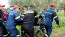 Τραγωδία στο Ξυλόκαστρο: Μας παρέσυρε το ορμητικό νερό μέσα στο φαράγγι, λέει ο μοναδικός επιζών