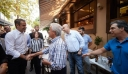 Οι διάλογοι του Μητσοτάκη με πολίτες στην Καλαμάτα