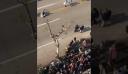 Θεσσαλονίκη: Πτώση Εύζωνα στη στρατιωτική παρέλαση καταγράφηκε από μπαλκόνι (βίντεο)
