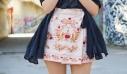 Το κόλπο για να μην τρίβονται (και ιδρώνουν) οι μηροί σου όταν φοράς φούστα