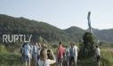 Το άγαλμα της Μελάνια Τραμπ που μοιάζει με την Στρουμφίτα
