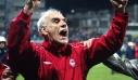 To Twitter αποχαιρετά τον Νίκο Αλέφαντο: Μάθε τους λίγη μπαλίτσα εκεί ψηλά
