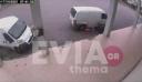 Βίντεο: Η στιγμή που δράστες αφαιρούν καταλύτη από όχημα στη Χαλκίδα