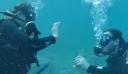 Μία πρωτότυπη… υποβρύχια πρόταση γάμου στην Αλόννησο