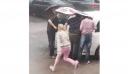 H κηδεία μίας 65χρονης γυναίκας διακόπηκε, καθώς οι συγγενείς της άκουσαν χτυπήματα και ήχους μέσα από το φέρετρο [Βίντεο]