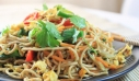Noodles αυγού με λαχανικά