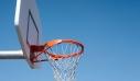 Λαμία: Προσήχθησαν παιδιά στο τμήμα γιατί έπαιζαν μπάσκετ στο προαύλιο κλειστού σχολείου