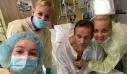 Αλεξέι Ναβάλνι: Αναπνέει χωρίς βοήθεια – Η φωτογραφία μέσα από το νοσοκομείο