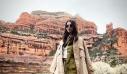 Το safari look της Ηλιάνας Παπαγεωργίου είναι η επιτομή της κομψότητας