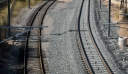 Τρένο παρέσυρε και ακρωτηρίασε 34χρονο κοντά στον σταθμό της Θήβας