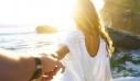 4 τρόποι για να μη χαθεί η μαγεία από τη σχέση, μετά τις διακοπές