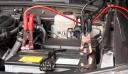 Αν μείνετε από μπαταρία μην σπρώξετε το αυτοκίνητό σας- Θα του κάνετε ζημιά