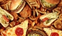 Fast food: Οι επικίνδυνες ουσίες και τα σοβαρά προβλήματα υγείας που προκαλούν
