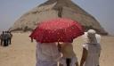 «Σαρκοφάγοι από πέτρα, από πηλό και ξύλο ανακαλύφθηκαν, ορισμένες περιείχαν μούμιες»