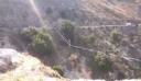 Πέρασε αυλάκι στην Κεφαλονιά ακροβατώντας σε σχοινί χωρίς προστασία [βίντεο]