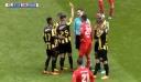 Παίκτης έδειξε...κίτρινη κάρτα στον διαιτητή!