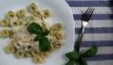 Τορτελίνια με σως γιαουρτιού και πάπρικα