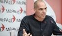Ο Βαρουφάκης επιτίθεται σε πρωθυπουργό, Αλέξη Τσίπρα και Φώφη Γεννηματά