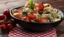 Σαλάτα με τορτελίνια και ντοματίνια