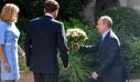 Ο Μακρόν υποδέχτηκε τον Πούτιν στην εξοχική του κατοικία