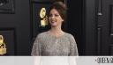Η Lana Del Rey εμφανίστηκε στα Grammys με ένα φόρεμα που αγόρασε μόνη της από ένα εμπορικό κέντρο