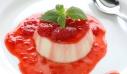 Βελούδινη πανακότα με μαρμελάδα φράουλα